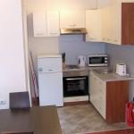 bojourland_kitchen_banskoapartment02